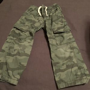 Old Navy boys Camo pants size 3T
